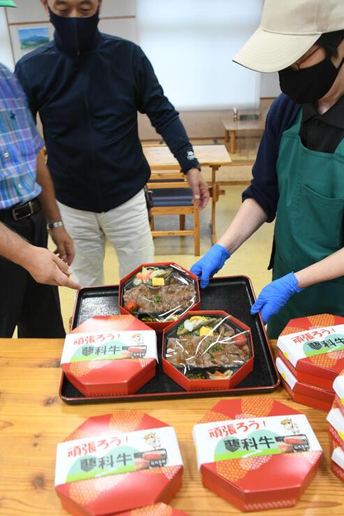 道の駅で販売した蓼科牛焼肉弁当
