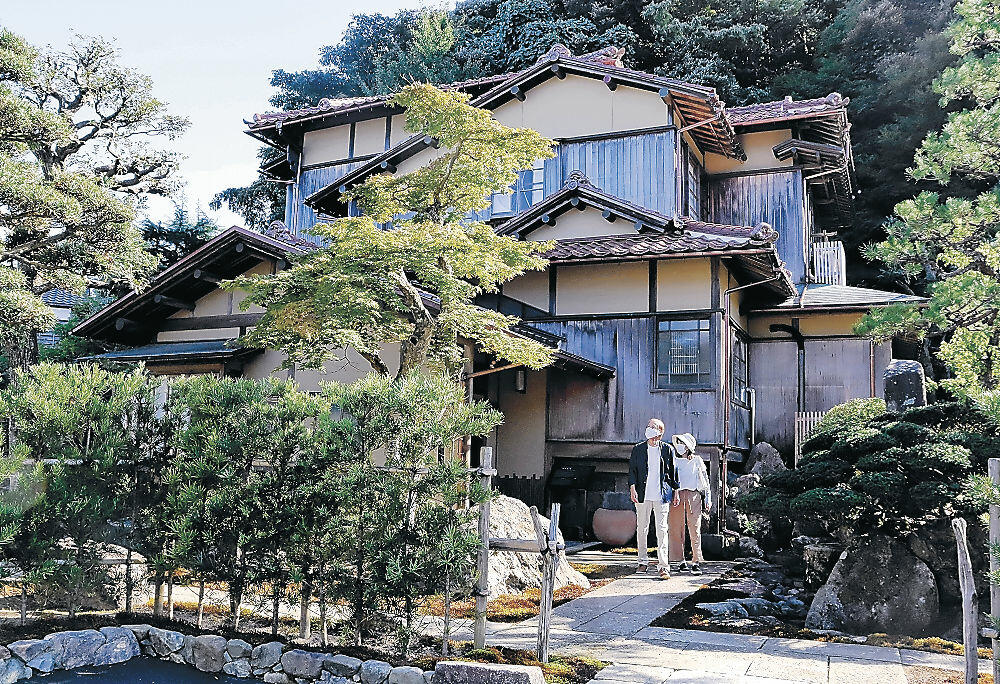 改修を終え、一般公開が始まった大聖寺鴻玉荘=加賀市大聖寺関町