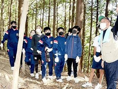 中学生が砕導山城跡を探検 工夫に感動 福井県高浜町