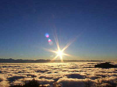 雲海×日の出に紅葉も 阿智のスキー場、恒例のツアー
