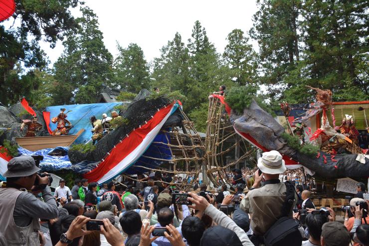 伝統の「御船祭り」の様子