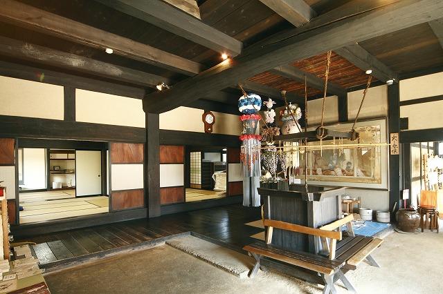 卯立の工芸館
