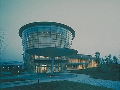 福井市美術館(アートラボふくい)